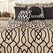 Marika 8 Piece Bedding Set