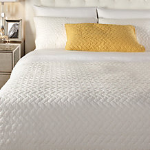 Avonna Quilt Set - White