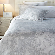 Marin 3 Piece Bedding Set