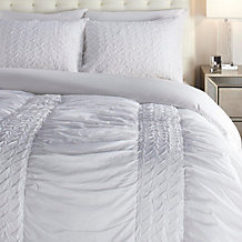 Deverie Bedding - White