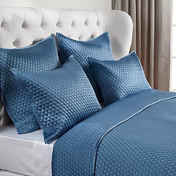 Avalon Bedding Bedding Bedding And Pillows Z Gallerie