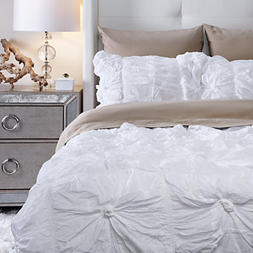 isabella quilt bedding set - white | bedding | bedding and pillows