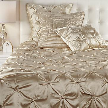 Majestic Bedding Sp16 Bedroom1 Bedroom Inspiration