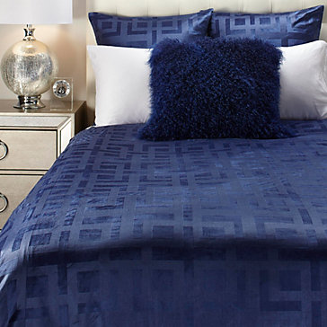 Ming Velvet Bedding Sapphire Marabella Collection