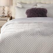 Newbury Bedding