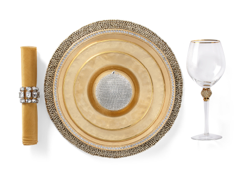 Paramount Dinnerware Table Setting