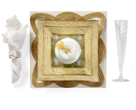 Luxe Gold Dinnerware Table Setting