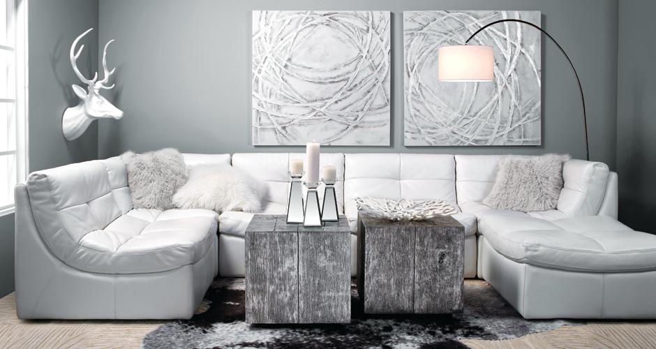 Pale and modern livingroom