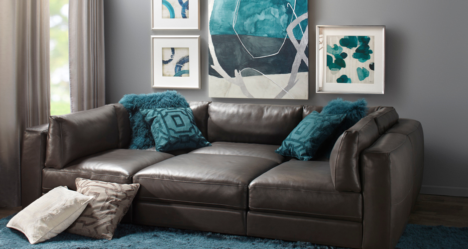 Modular sofas affordable chic sectionals z gallerie for Z gallerie living room inspiration