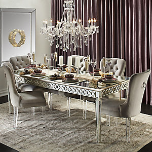 Sophie Holiday Dining Room Inspiration