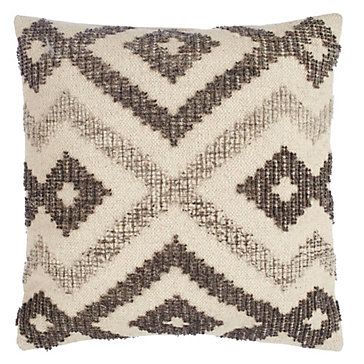 Marshan Pillow 22""