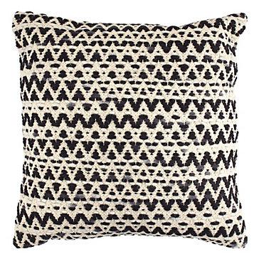 "Metro Pillow 22"""