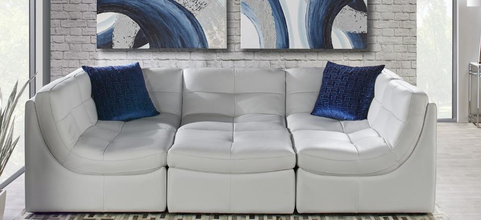 Convo Perpetual Living Room Inspo